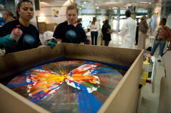 damien hirst spin machine